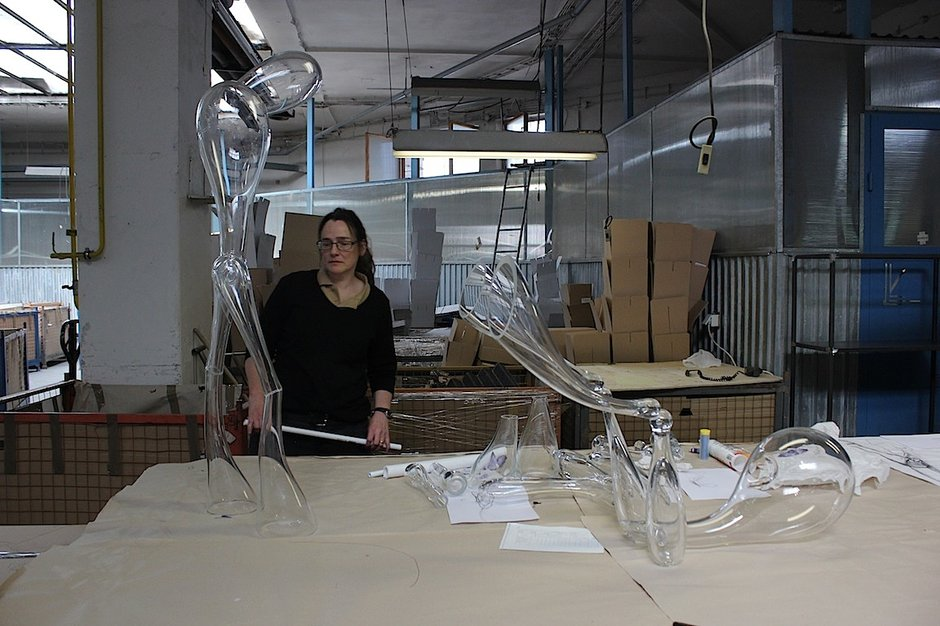 Emma Woffenden: Glass Figures RONA symposium SK, 2014. Work in progress at RONA factory Slovakia.
