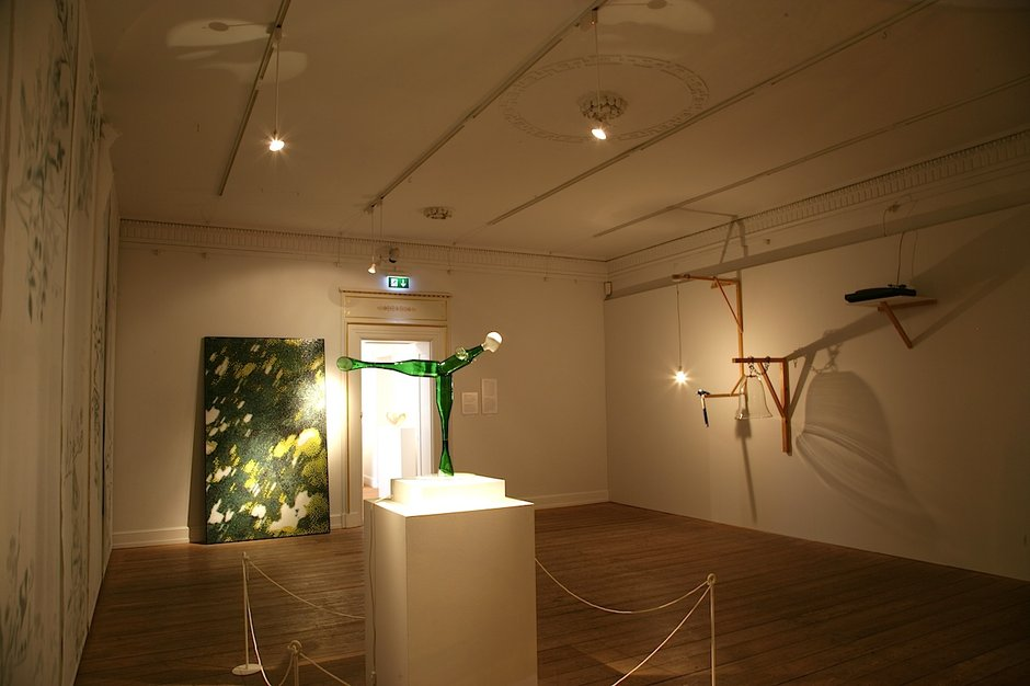 Emma Woffenden: Anima Animus with Tord Boontje, 2009. View of shadow room with Silent Move-me