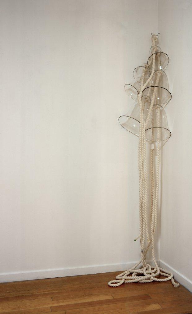 Emma Woffenden: Exquisite restraint. No Horizon, part 2, 2003.