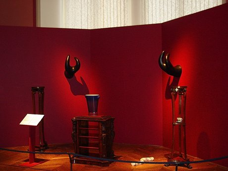 Emma Woffenden: The Uncanny Room, 2002.